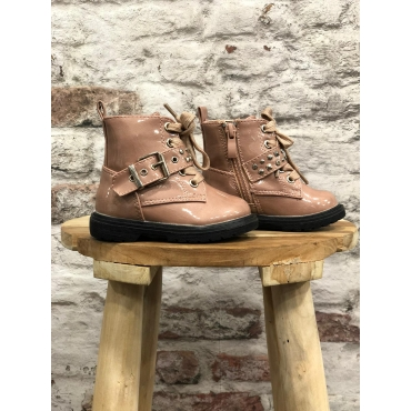 Boots rosy