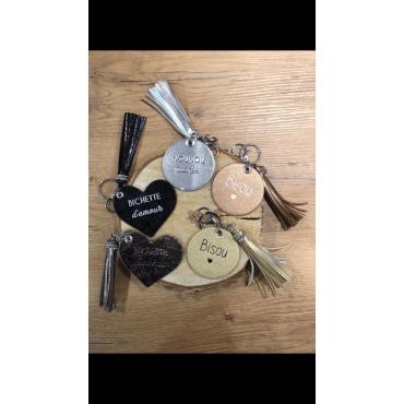 """Porte clé brillant coeur """"bichette d'amour"""""""